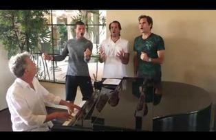 Roger Federer y Novak Djokovic sorprenden con talento para cantar