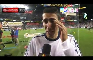Angel Di Maria llorando por la muerte de su Abuela [Argentina vs Chile 2-1] Copa América 2016