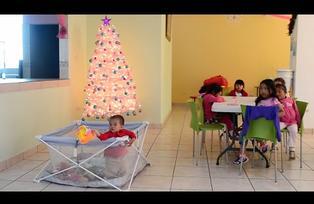 La Navidad en el hogar Miguel Magone y María Auxiliadora