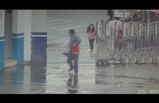 Thief Steals Cellphone, Flees to Police Station in Shenzhen
