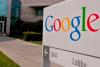 Google enfrenta demanda colectiva de millones de usuarios de iPhone