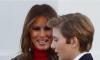 Excluyen al hijo menor de Donald Trump de la tarjeta navideña