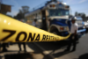 Piloto y ayudante llevan autobús a estación policial tras ser atacados