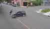 Motorista resulta herido por maniobra prohibida de un piloto