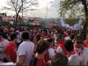 Lo que no se vio: un aficionado del Barça recibe así al Sevilla