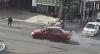 Piloto no respeta el alto, atropella a un motorista y a un ciclista