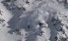 Espectacular: deportista extremo escapa de una poderosa avalancha
