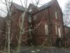 Explorador urbano realiza espeluznante hallazgo en edificio abandono