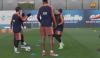 Lionel Messi aplaude alucinante túnel de Dembélé durante el entreno