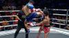 Luchador noquea a su rival con una impresionante patada voladora