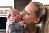 El divertido baile de Anna Kournikova y su bebé invade Instagram