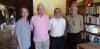 Mario Vargas Llosa visita a escritores guatemaltecos en Zacapa